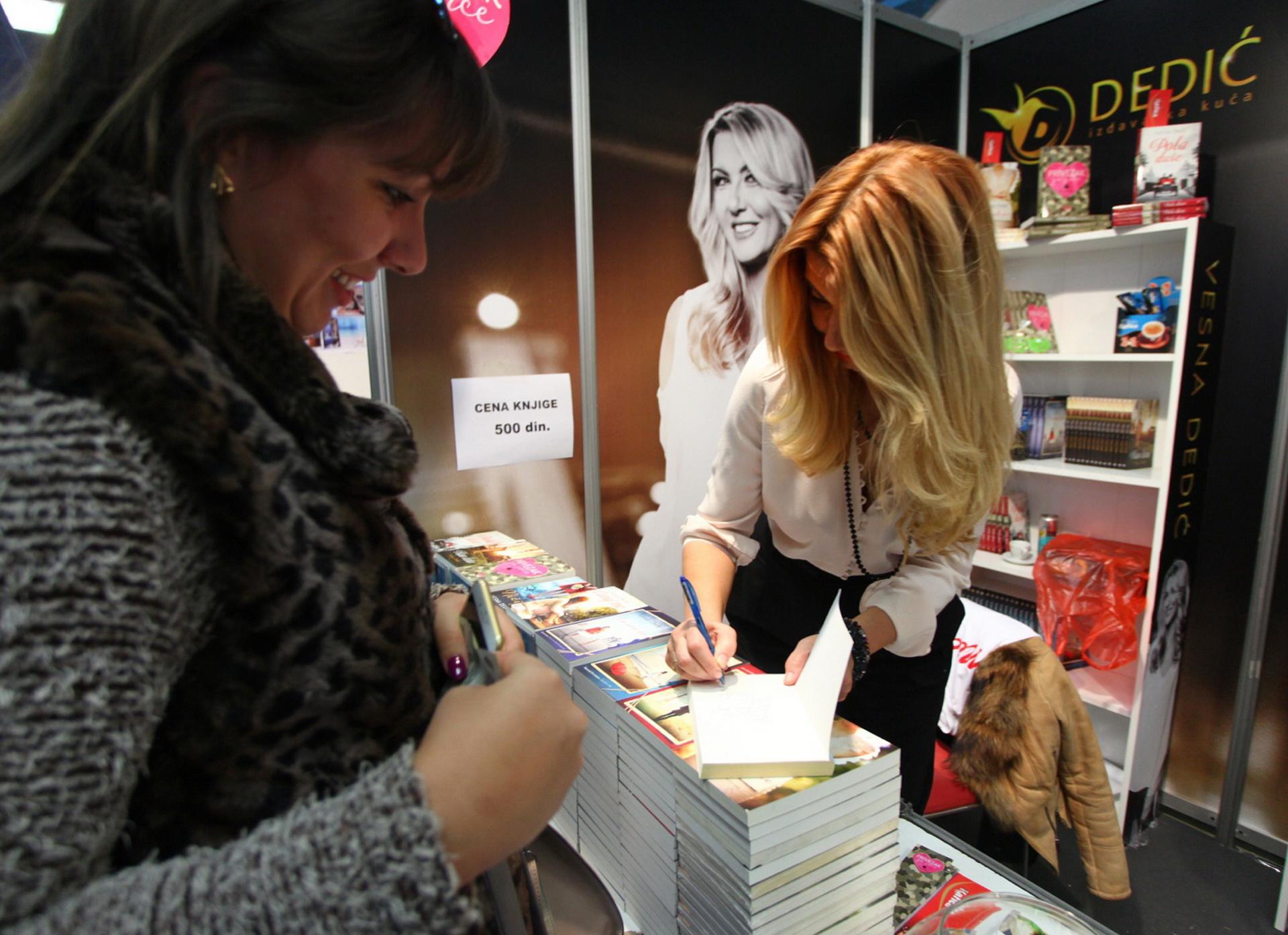 Sajam knjiga - potpisivanje